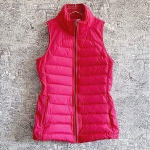 Lululemon Fluffed Up Vest in Boom Juice, Size 6